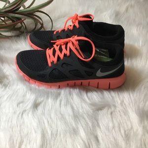 Nike free run 2 size 7.5